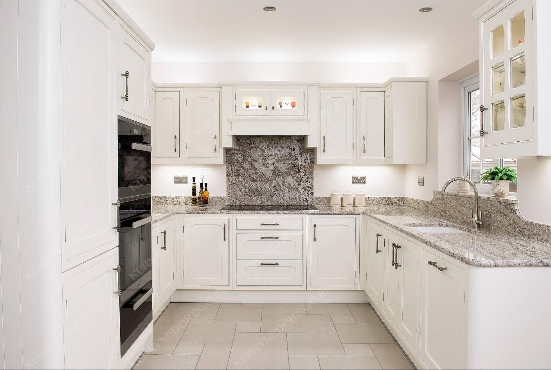Фото белых кухонь буквой п пересмешника